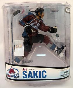 NHL Sportspicks Series 18 Joe Sakic (Colorado Avalanche) Maroon Jersey Variant