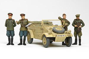 Russian Commanders/Staff Car with Figures (25153)
