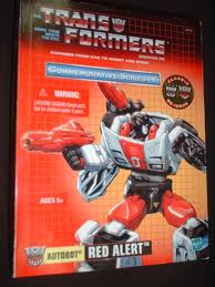 Transformers G1 Commemorative Series Series Deluxe Class Red Alert