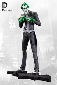 DC Collectibles Arkham City The Joker Statue
