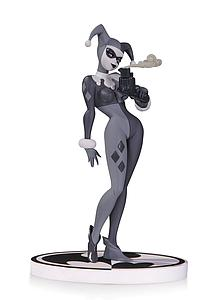 DC Collectibles Black & White Series Statue: Harley Quinn 2nd Edition