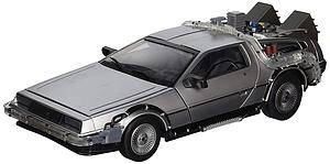 Back to the Future 1:15 Replica: Delorean Time Machine Mark I