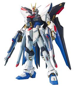 Gundam Master Grade Gundam Seed 1/100 Scale Model Kit: Strike Freedom Gundam