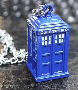 Doctor Who Necklace Tardis (Large)