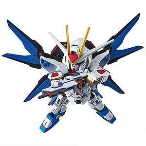 Gundam SD EX-Standard #006 Model Kit: Strike Freedom Gundam