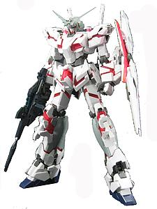 Gundam Master Grade 1/100 Scale Model Kit: RX-0 Unicorn Gundam HD Color + MS Cage