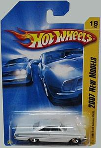 Hot Wheels 2007 New Models Die-Cast: 1964 Ford Galaxie 500XL (18/180)