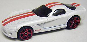 Hot Wheels Valentine's Day Die-Cast: '06 Dodge Viper