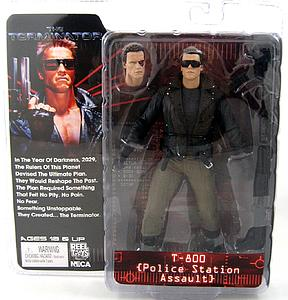 Terminator 7 Inch Series 2: T-800 Police Station Assault