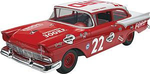 "'57 Ford ""Fireball"" Roberts"