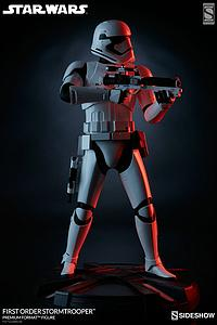 First Order Stormtrooper (Exclusive)