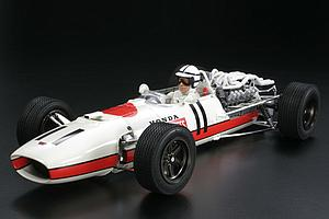 Honda RA273 with Photo-Etched Parts (12032)