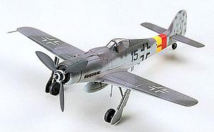 Tamiya 1:72 Scale Model Kit Focke Wulf Fw190 D-9 #51 (60751)
