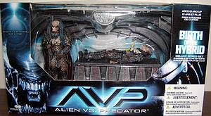 Alien vs. Predator Series 1: Birth of the Hybrid
