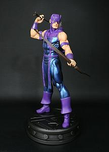 Bowen Marvel Collectible 1/6 Scale Statue Figure: Hawkeye