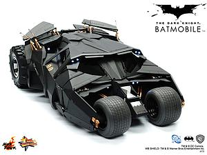 DC The Dark Knight (2008) 1/6 Scale Figure Batmobile Tumbler