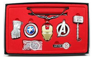 Marvel Box Set Avengers 7-Piece with Keychain & Necklace