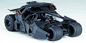 Revoltech Batman The Dark Knight Rises Vehicle: #043 Tumbler