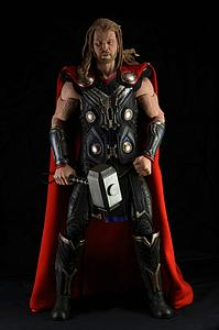 The Avengers 1/4 Scale: Thor - The Dark World