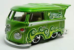 Hot Wheels HW Showroom Die-Cast: Volkswagen Kool Kombi (169/250)