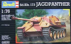REVELL 1/76 Model Kit Sd.Kfz.173 Jagdpanther (3232)
