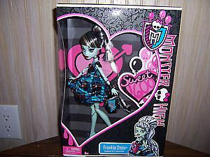 Mattel Monster High Sweet 1600 Deluxe Doll: Frankie Stein