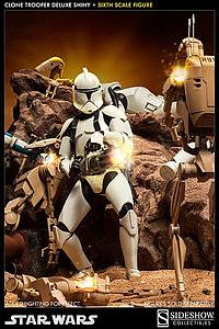 Sideshow Collectibles 1/6 Scale Star Wars Figure: Clone Trooper (Deluxe Shiny)