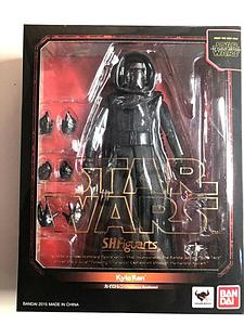 "BANDAI S.H. Figuarts Star Wars The Force Awakens 6"" Action Figure Kylo Ren"
