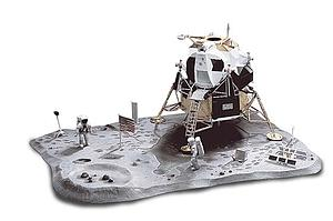 Monogram 1:48 Scale Model Kit First Lunar Landing (85-5094)
