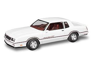 Revell USA 1:24 Scale Model Kit 1986 Chevrolet Monte Carlo SS 2'N1 (85-4496)